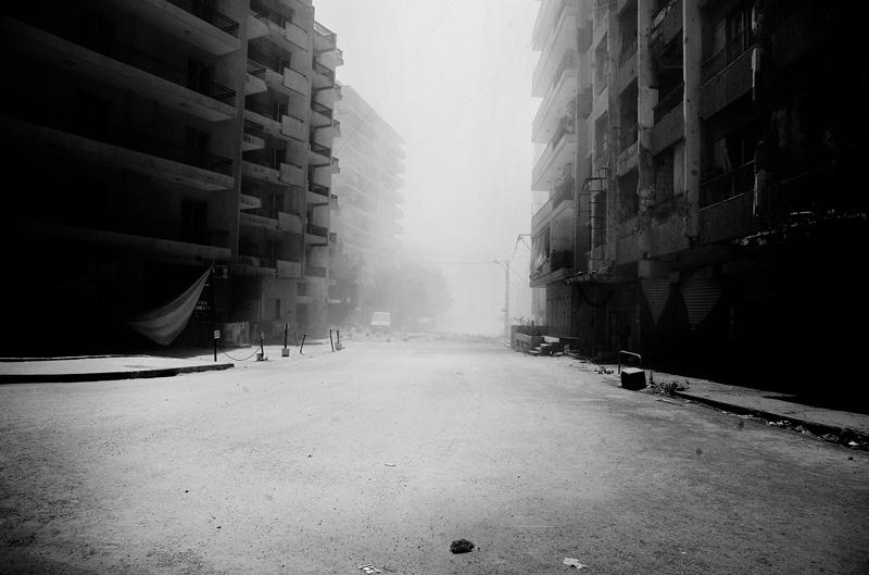 Kurz nach einem israelischen Luftangriff in Dahia, Beirut, Libanon. 2006, © Paolo Pellegrin / Magnum Photos, Paris