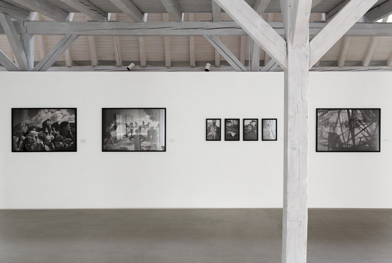 Exhibition view of SPEAK TRUTH TO POWER IG Halle Rapperswil (Paolo Pellegrin)